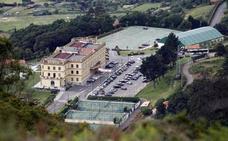 El Centro Asturiano celebra su día grande en honor a la Virgen de Covadonga