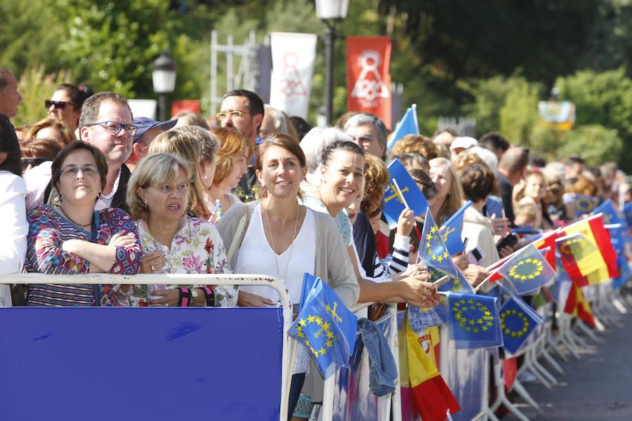 Caluroso recibimiento a la Princesa de Asturias en Covadonga