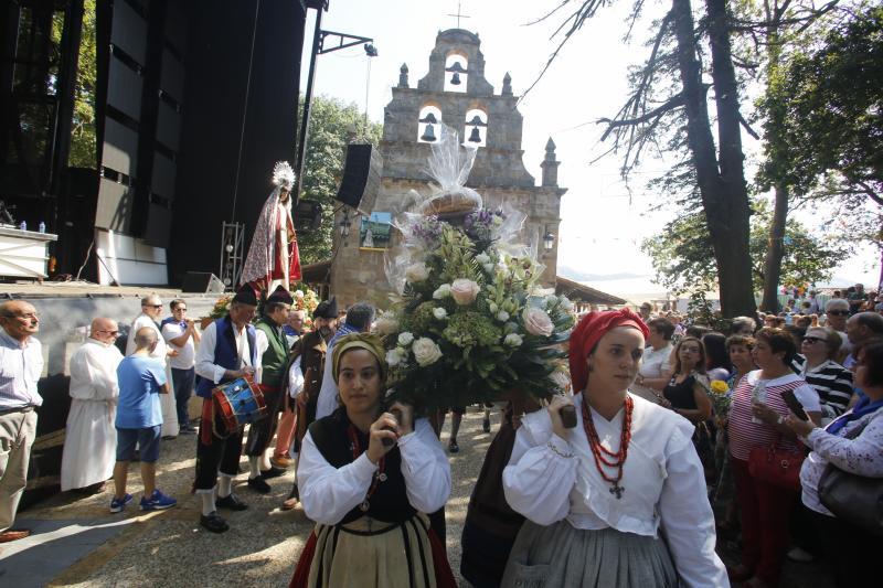 Langreo homenajea a la Virgen del Carbayu