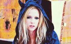 La tremenda carta de Avril Lavigne en la que cuenta su enfermedad: «Acepté la muerte»