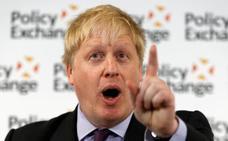 Boris Johnson dice que el plan de May para el Brexit es «un chaleco bomba»