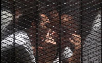 Condenan al fotoperiodista egipcio Shawkan a cinco años de cárcel