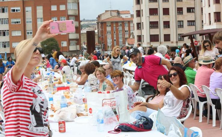 Atracón festivo al aire libre en Corvera