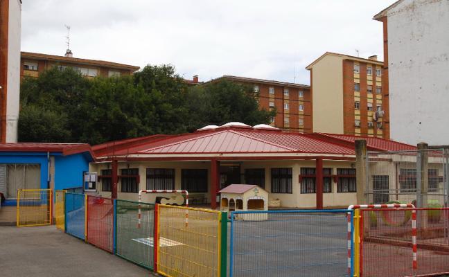 Los colegios públicos reabren sus aulas con 309.453 euros invertidos en mejoras