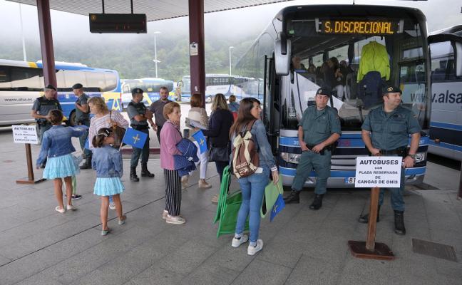 «Cangas no pagó por los buses a Covadonga», dice el alcalde
