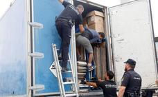 Hallados 69 migrantes ocultos en atracciones de feria en Melilla