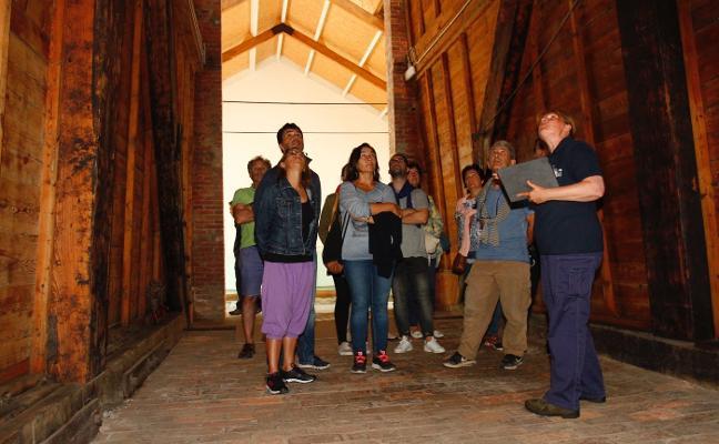 La mina de Arnao recibe entre junio y agosto un total de 5.205 visitantes