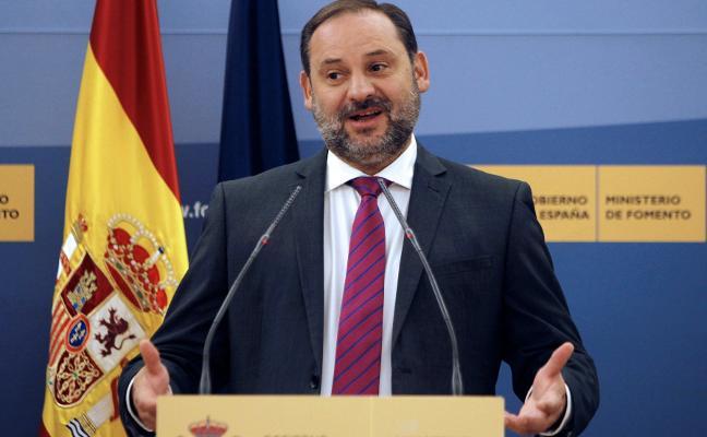 El ministro Ábalos cancela su visita a Gijón y acudirá en su lugar José Javier Izquierdo