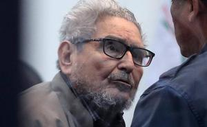 Cadena perpetua para el jefe histórico de Sendero Luminoso y otros nueve líderes en Perú