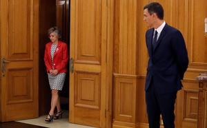 Sánchez elogia a Carcedo como «trabajadora incansable y mujer de principios»