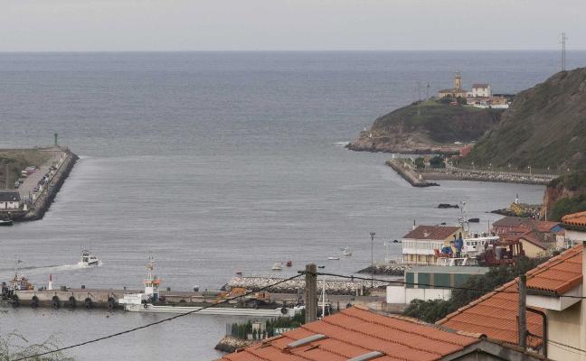 El ministerio acepta revisar su decisión de obligar al Puerto a aportar arena a Salinas