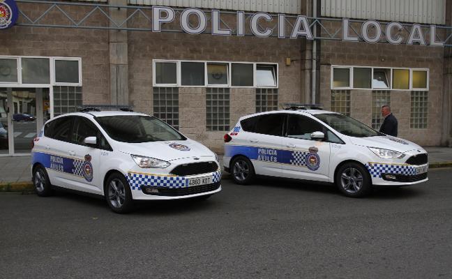 Detenido por arrojar clavos a los coches policiales para vengarse de la grúa