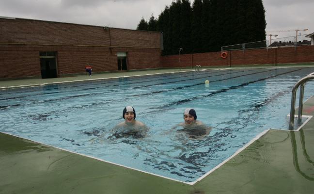 El gobierno local califica de «inviable» la recuperación de las piscinas