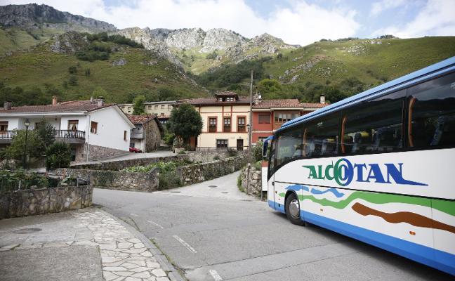 Aprueban 2,4 millones para reparar la carretera de Rioseco a Soto de Agues