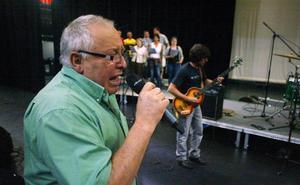 Fallece Luis Santiago, cantante de Los Linces