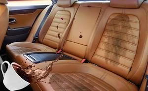 Las manchas casi imposibles de quitar de la tapicería del coche