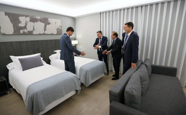 «Es una alegría que reabra el hotel de El Berrón, va a ser muy bueno para Siero»