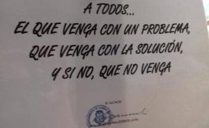 El alcalde de un pueblo de Cantabria pide a sus vecinos que no le lleven problemas si no tienen ya la solución