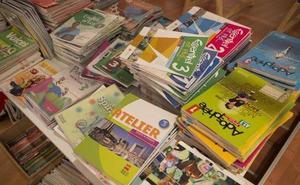 La Junta acuerda tomar en consideración una iniciativa para la gratuidad de libros que el PP copió a Ciudadanos