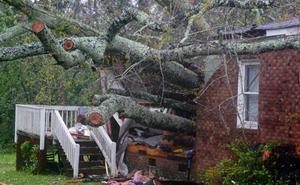 'Florence' todavía «descargará cantidades épicas» de lluvia en la costa este de Estados Unidos