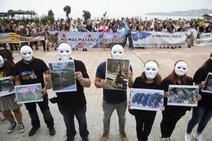 Concentración en Gijón contra la caza indiscriminada del lobo