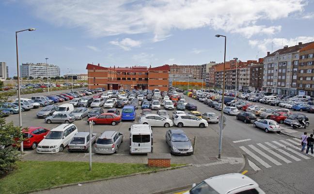 El aparcamiento del Albergue ultima su paso a área de pago