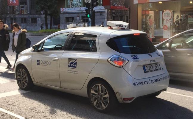 La ORA de Gijón tendrá coches 'chivatos' para detectar infracciones y plazas disponibles en la zona azul