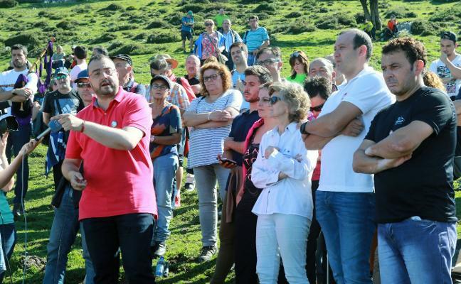 El PSOE se «conjura» en Funeres para hacer frente a la campaña de «acoso» de la derecha