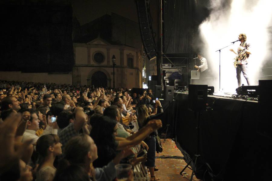 Izal hace vibrar a Oviedo