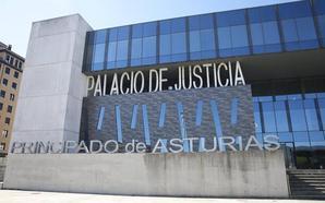 Un matrimonio de Gijón afronta pena de prisión por acuchillar y golpear a sus vecinos por rayar su coche