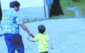 Un niño de Cangas del Narcea, sin ir a clase al no llegar la ruta escolar al pueblo