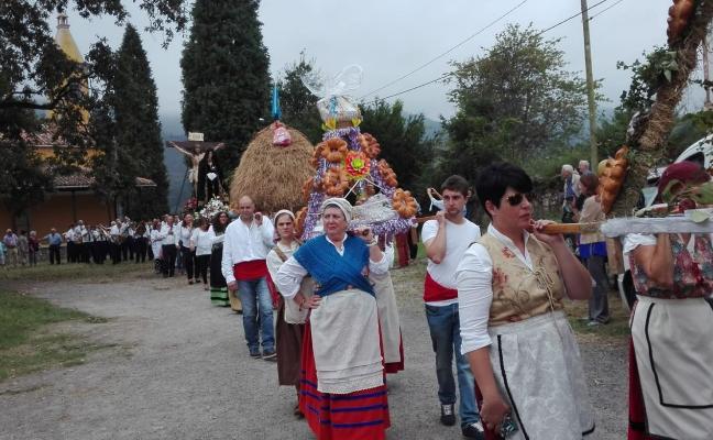 La procesión del Cristo de Coya tuvo 18 ramos