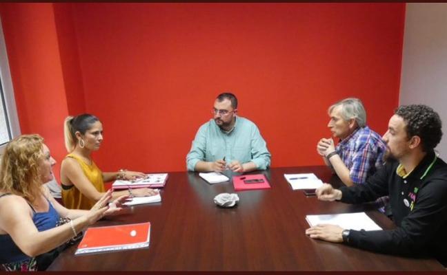 Los afectados de iDental piden la mediación de María Luisa Carcedo