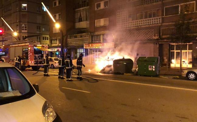 Sofocado otro incendio en un contenedor de la avenida Constitución