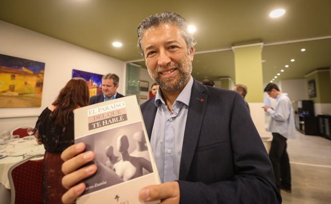 Alberto Zurrón presenta 'El paraíso del que te hable', su nueva novela