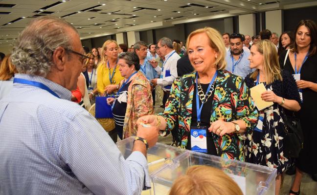El PP asturiano da por hecho que Fernández repetirá como candidata