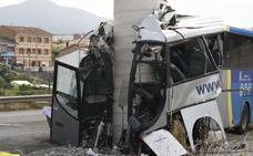La Guardia Civil solicita el informe médico del conductor del accidente de Avilés