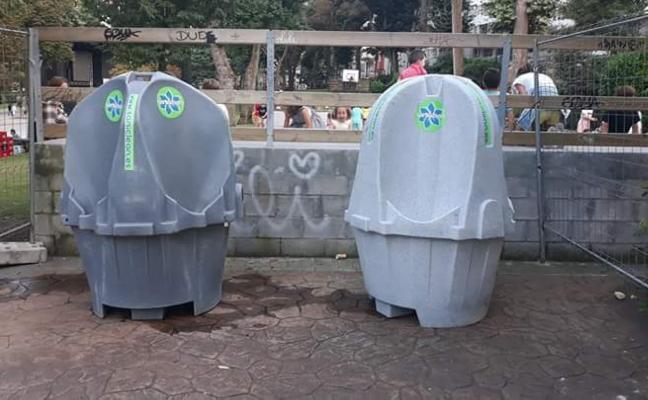 Ciudadanos pide la retirada de dos urinarios masculinos abiertos en el Bombé