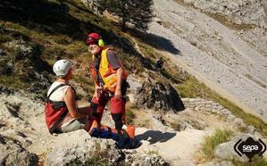 Una mujer se fractura un tobillo bajando de Poncebos, en la Ruta del Cares