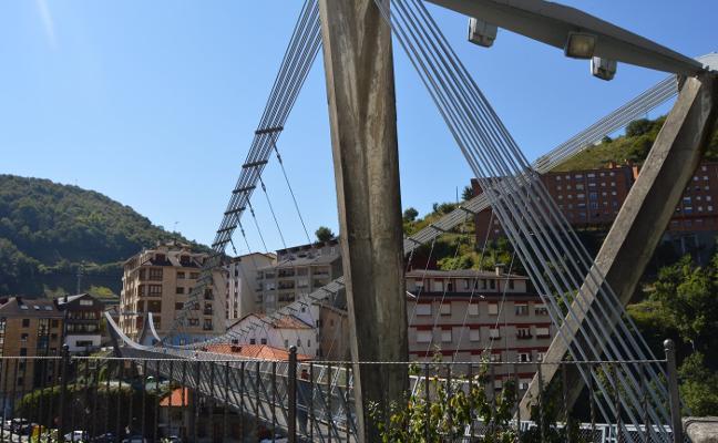 Fontaniella niega haber prevaricado en la obra del puente colgante de Cangas
