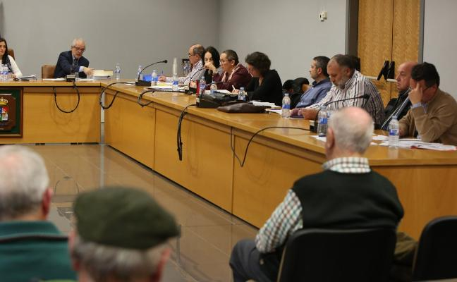 IU decidirá el lunes si refrenda su negativa a la confluencia con Podemos