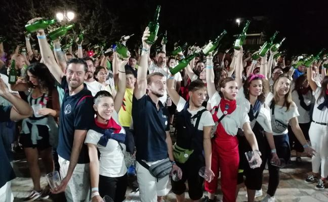 Nuevo récord de escanciado en Azuqueca de Henares