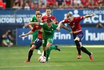 El Sporting cae ante el Osasuna 1-0