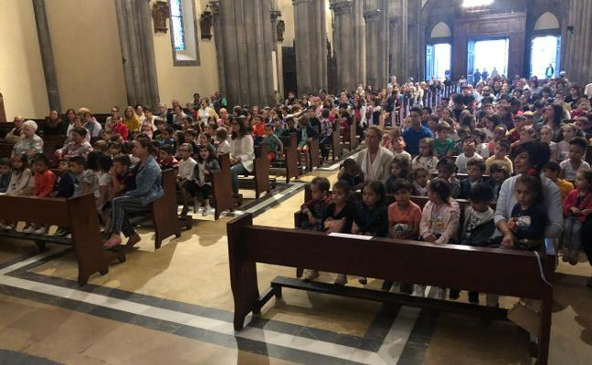 Primera misa de inicio de curso en el colegio Santo Tomás