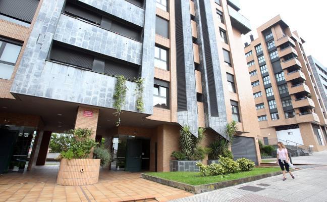 La Policía Nacional investiga los robos en dos pisos en Santo Domingo