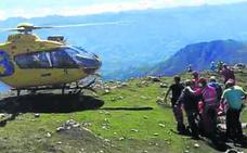 Rescatan en helicóptero a un caraviense deshidratado en la cumbre del Picu Pienzu