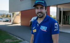 Fernando Alonso «feliz» en casa