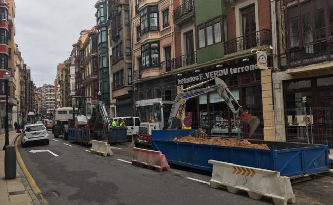 Obras en Moros para soterrar cinco nuevos contenedores