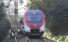 La avería de un tren en Los Campos corta la línea San Juan-Oviedo