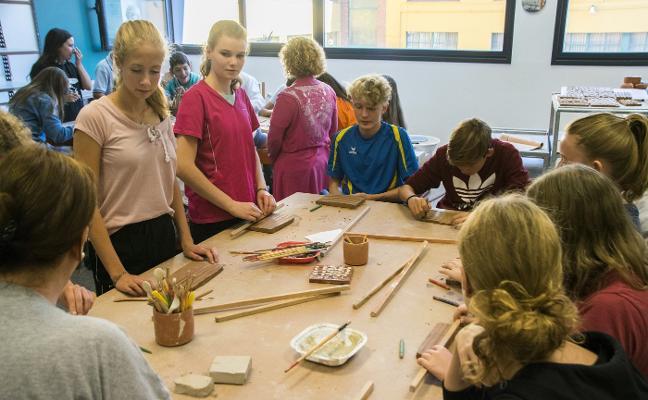 Alumnos alemanes en la Factoría Cultural